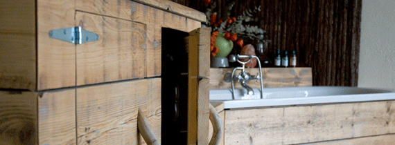 steigerhouten badmeubel en keuken